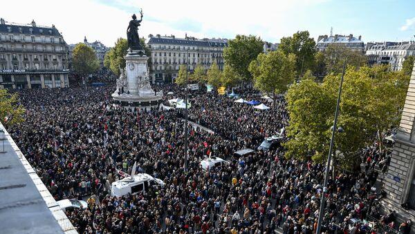 Des manifestations à Paris en hommage à Samuel Paty - Sputnik France