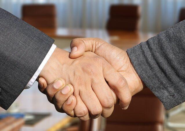 Une poignée de main (image d'illustration)