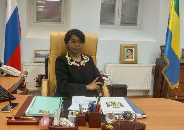 Johanna Rose Mamiaka, ambassadrice de la République gabonaise en Russie