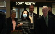 Meng Wanzhou quitte la Cour suprême après son audition devant un juge, le 30 septembre 2020 à Vancouver, Canada