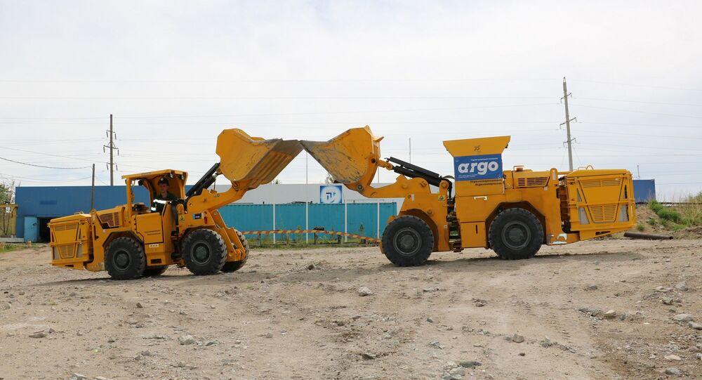 Chargeuses ARGO fabriquées par ARMZ Mining Machinery