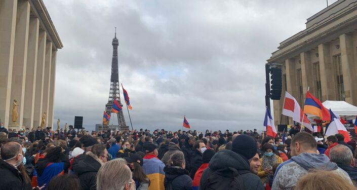 Une manifestation nationale d'Arméniens de France à Paris, le 25 octobre