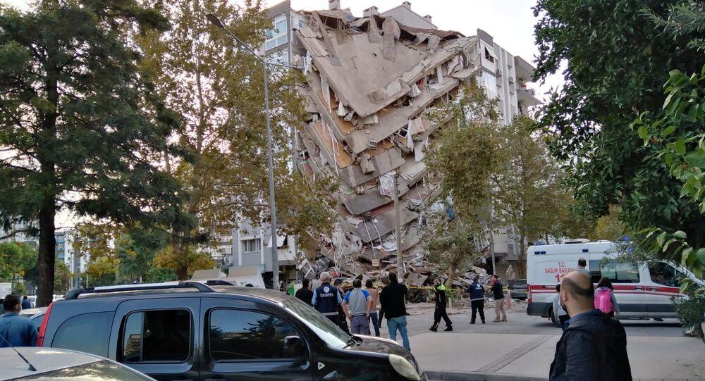 La ville turque d'Izmir secouée par un séisme de magnitude 6,9 (octobre 2020)