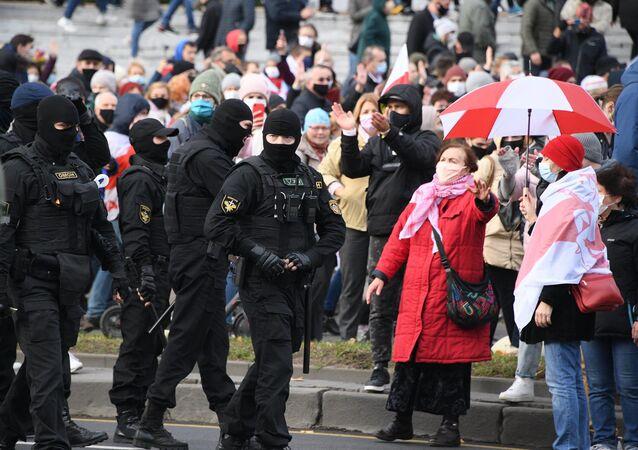 Marche d'opposition à Minsk, le 1er novembre 2020