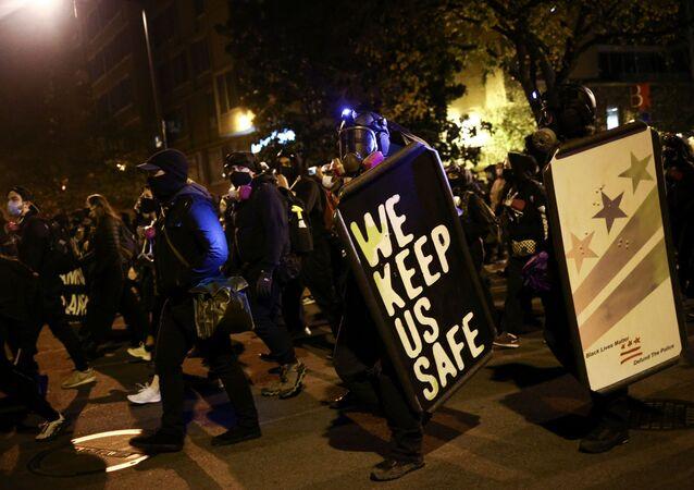 Des manifestants à Washington, le 4 novembre 2020