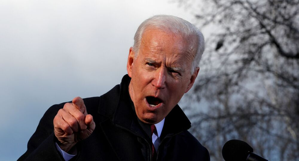 Democratic U.S. presidential candidate Joe Biden speaks to supporters at a rally after filing his declaration of candidacy papers to appear on the 2020 New Hampshire presidential primary election ballot at the State House in Concord, New Hampshire, U.S., November 8, 2019. REUTERS/Mike Segar/File Photo