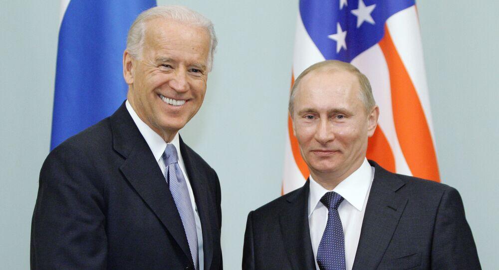 Rencontre de Vladimir Poutine avec Joe Biden à Moscou, le 10 mars 2011