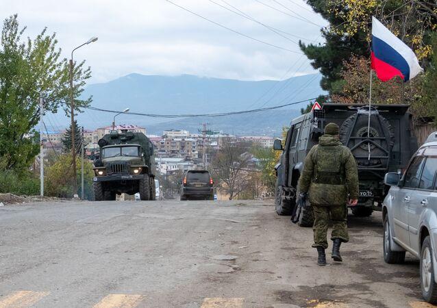Des soldats de la paix russes dans la zone du Haut-Karabakh