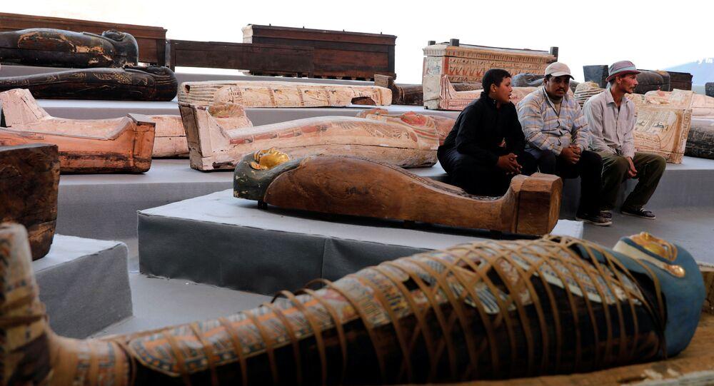 de sarcophages découverts à Saqqarah