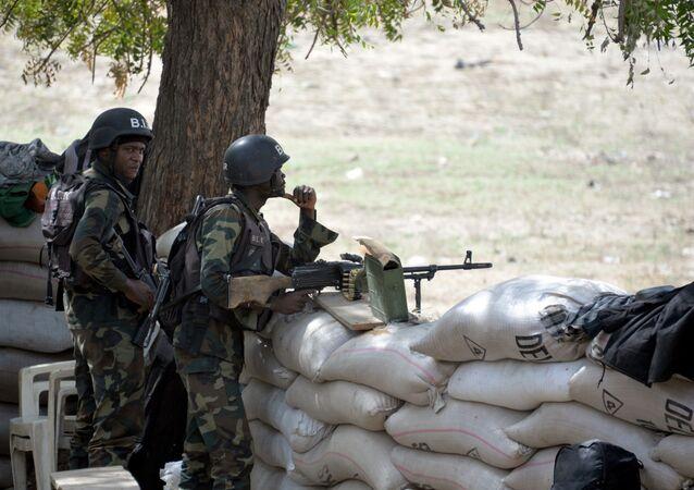 Des soldats des forces armées du Cameroun