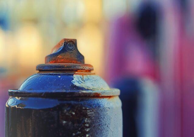 Une bombe de peinture (image d'illustration)