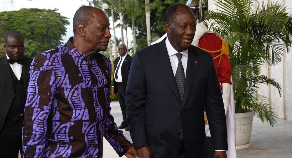 Les Présidents guinéen Alpha Condé et ivoirien Alassane Ouattara