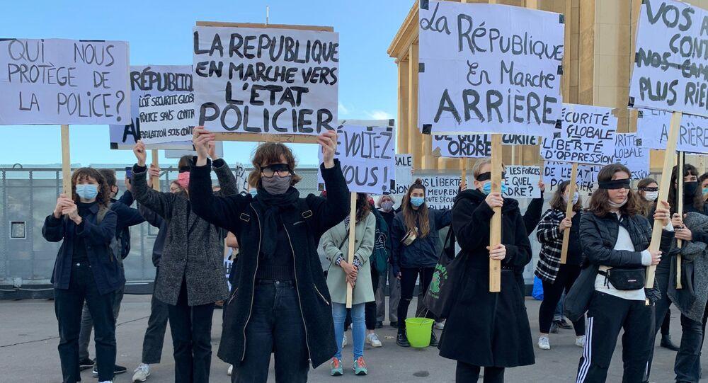 Manifestation contre la loi sur la sécurité globale à Paris