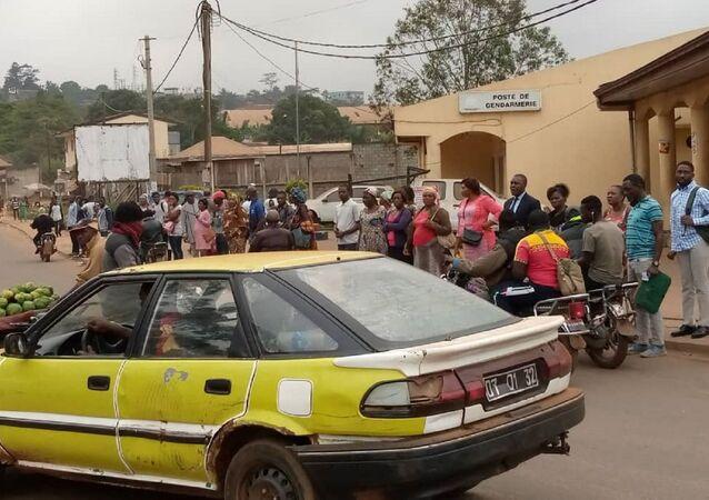 À Yaoundé, difficile de trouver des citoyens masqués