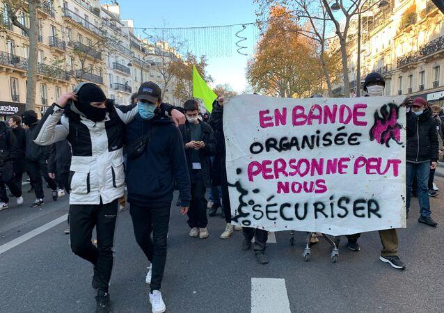 Manifestation du 28 novembre 2020 à Paris contre la loi Sécurité globale