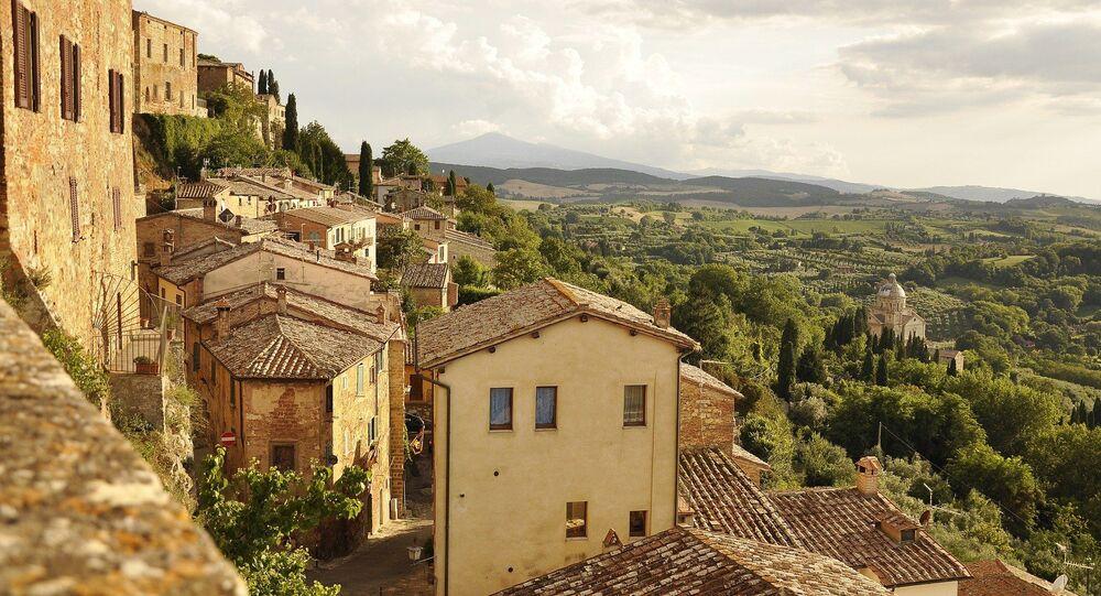 Un village en Italie, image d'illustration