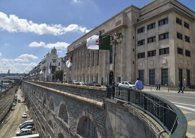 Le Parlement algérien à Alger