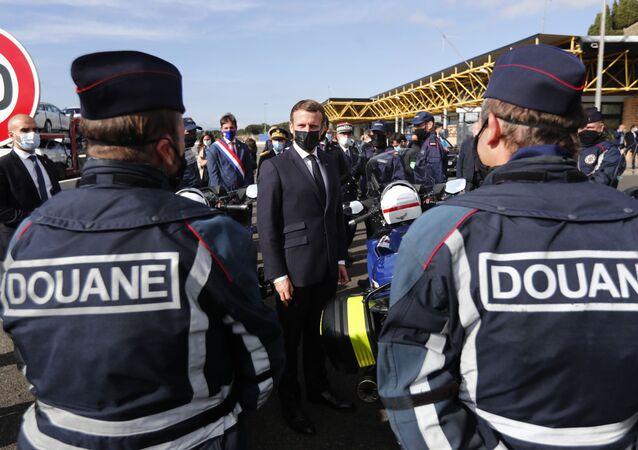 Emmanuel Macron au col du Perthus à la frontière espagnole, le 5 novembre 2020