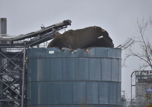 Un réservoir chimique endommagé dans une banlieue de Bristol