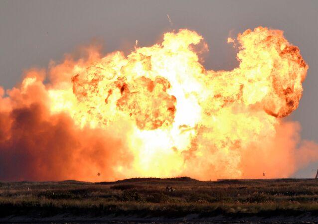 Une fusée de SpaceX explose, le 9 décembre 2020