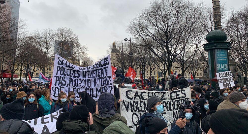 Une manifestation contre la loi Sécurité Globale à Paris, 12 décembre 2020