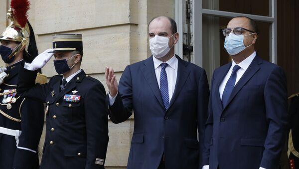 Le Premier ministre français Jean Castex accueille le chef du gouvernement tunisien Hichem Mechichi à l'hôtel Matignon, le 14 décembre 2020. - Sputnik France