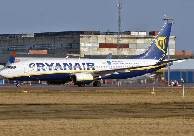Un avion de Ryanair à l'aéroport de Tallinn (archive photo)