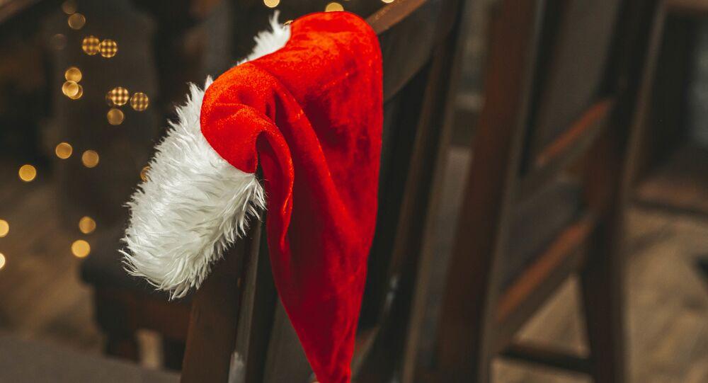 Costume de Père Noël (image d'illustration)