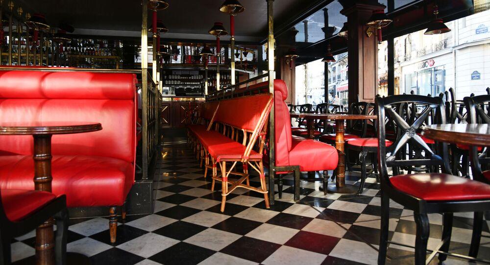 Café fermé à Paris