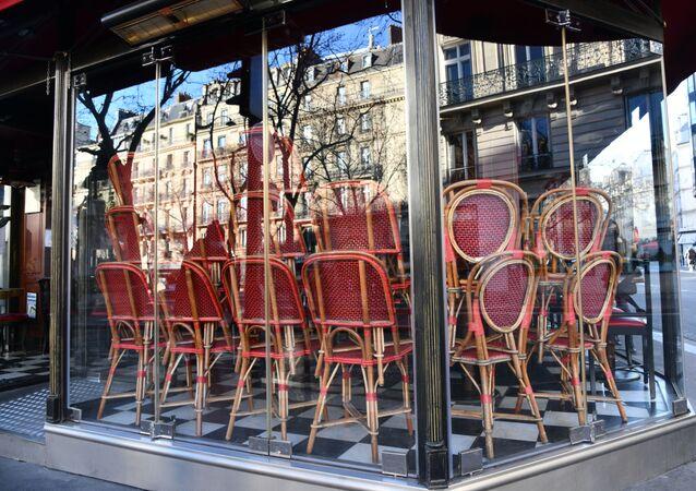 Mesures restrictives à Paris