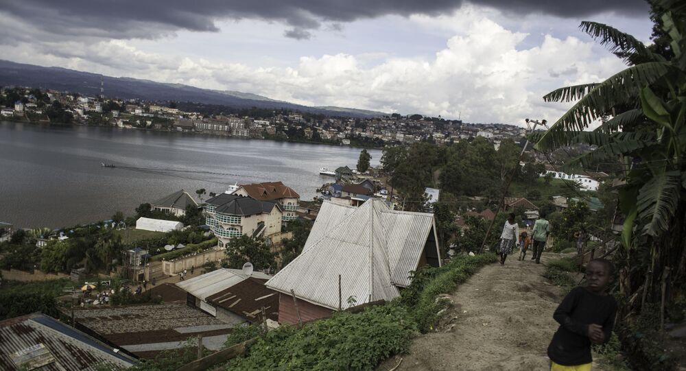 Les bords du lac Kuvu, en RDC.