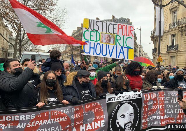 Cédric Chouviat: un an après sa mort, une manifestation pour redemander la suspension des policiers et contre la loi Sécurité globale, 2 janvier 2021