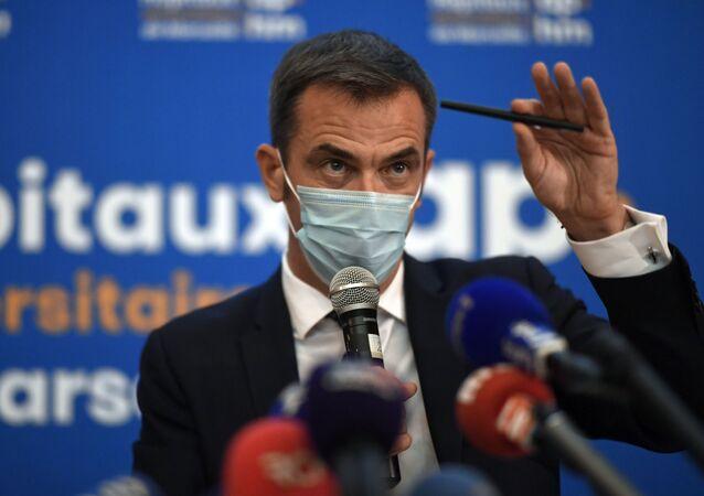 Olivier Veran lors d'une conférence de presse à hôpital marseillais de La Timone, 25 septembre 2020