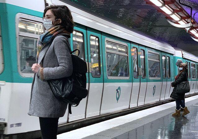 Situation dans le métro parisien lors du deuxième confinement, le 4 novembre 2020