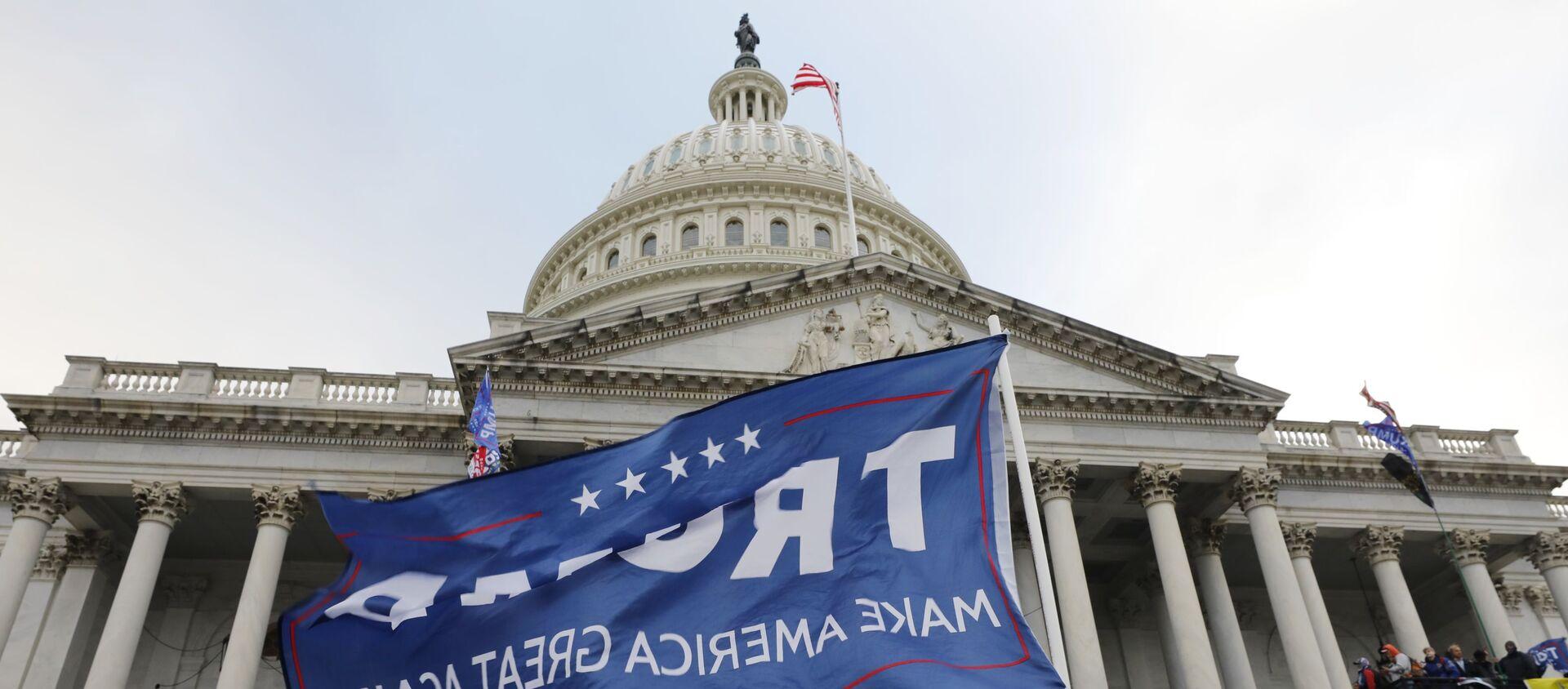Assaut du Capitole à Washington par des pro-Trump - Sputnik France, 1920, 11.02.2021