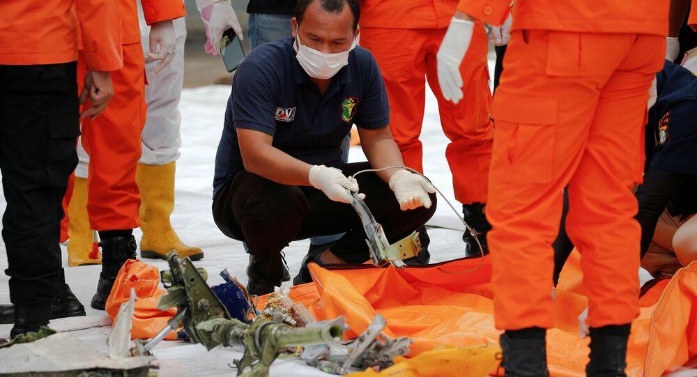 crash du Boeing 737-500 de la compagnie aérienne indonésienne Sriwijaya Air