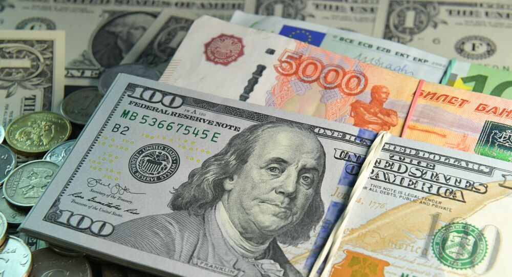 Roubles, dollars et euros