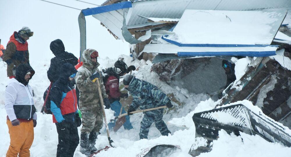 Opération de recherche et de sauvetage dans le Donbaï