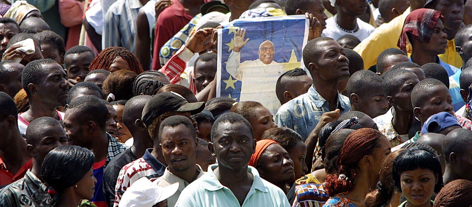 La population rend un dernier hommage à Laurent-Désiré Kabila, le 22 janvier 2001, Kinshasa - Sputnik France, 1920, 21.01.2021