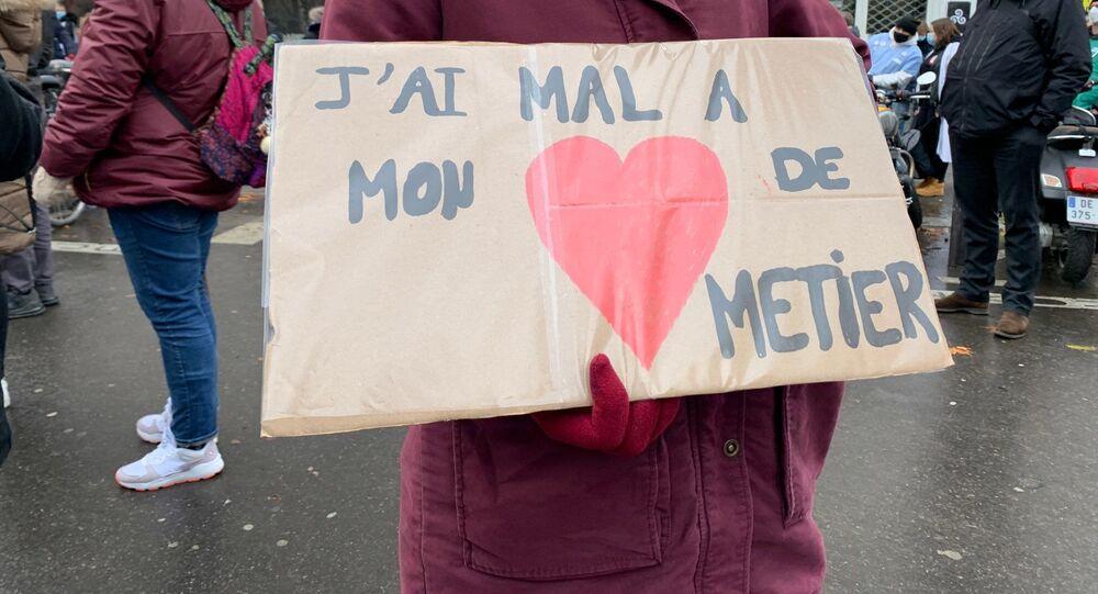 Manifestation des soignants à Paris à côté du ministère de la Santé, le 21 janvier 2021