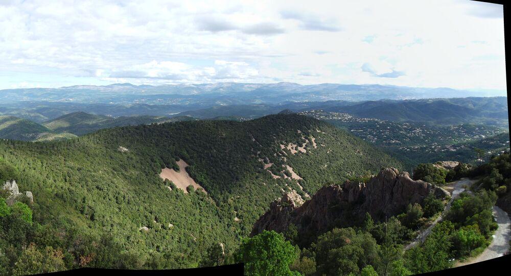 Est du plateau de Canjuers et Préalpes d'Azur jusqu'au Pic de Courmettes (archive photo)