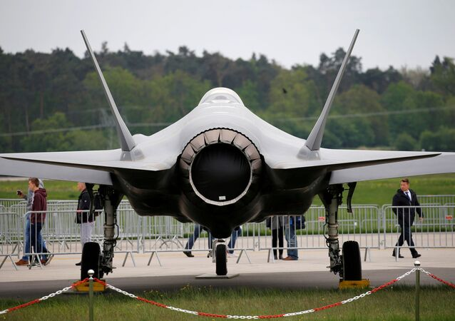 Un Lockheed Martin F-35