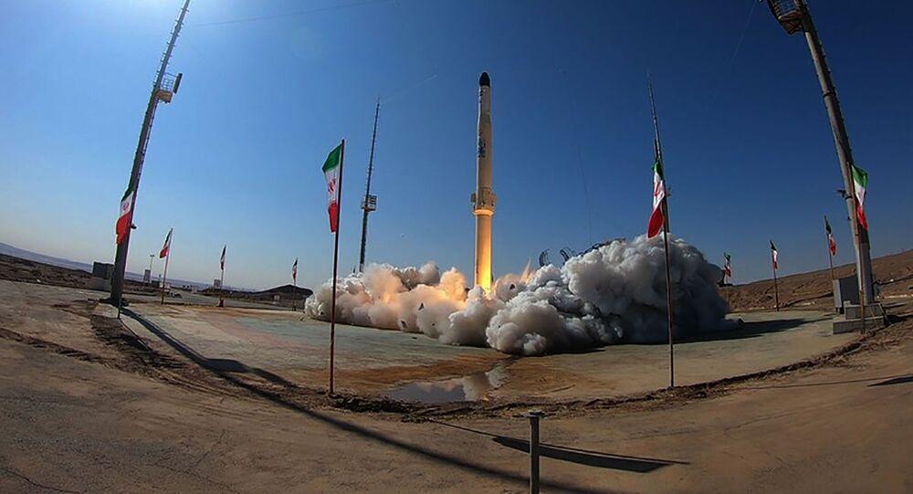 L'Iran teste son nouveau porte-satellite à combustible solide - vidéo