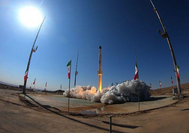 lancement du nouveau porte-satellite iranien Zuljanah