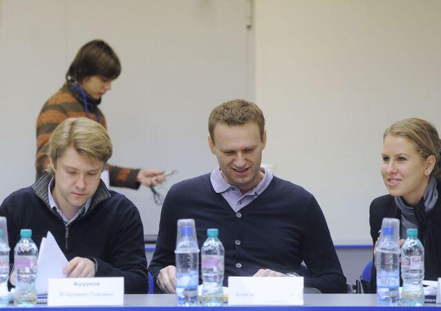 Vladimir Achourkov, Alexeï Navalny, Lioubov Sobol, 2012