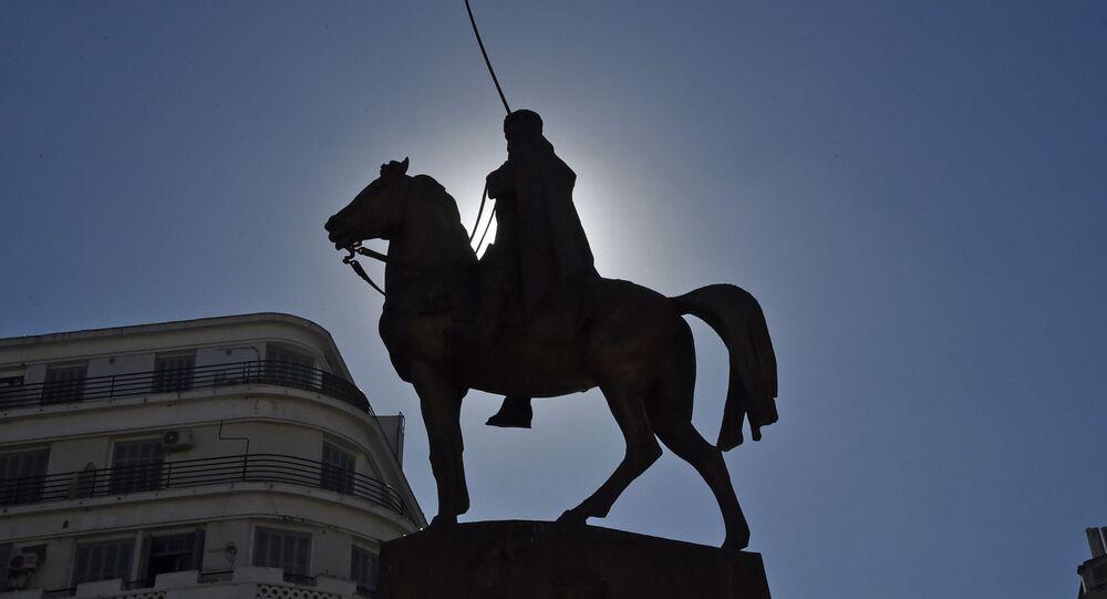 Statue commémorative de l'émir Abdelkader, à Alger