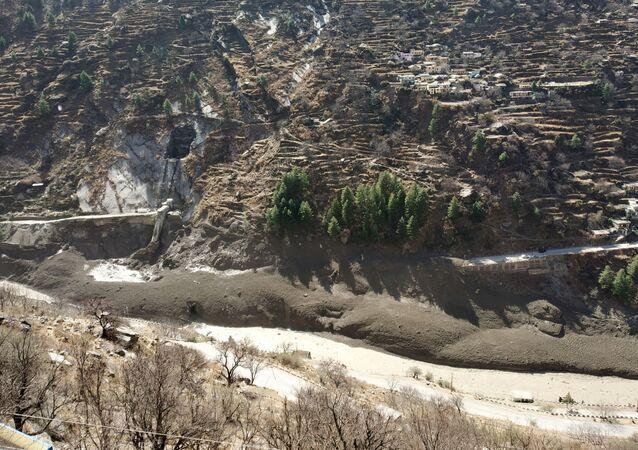 conséquences du détachement d'un glacier en Inde, le 7 février 2021