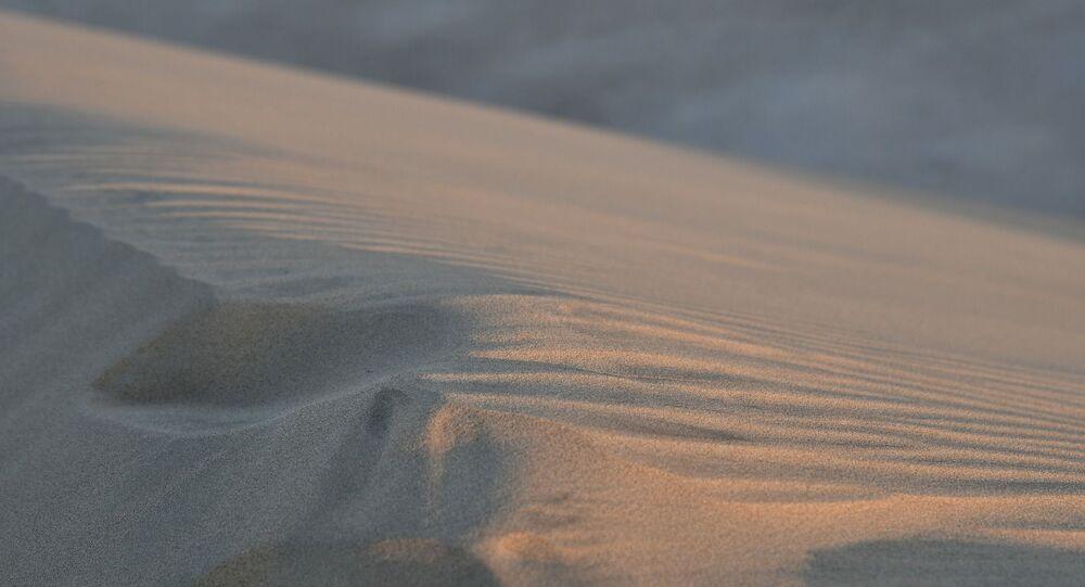 Sable, désert (image d'illustration)
