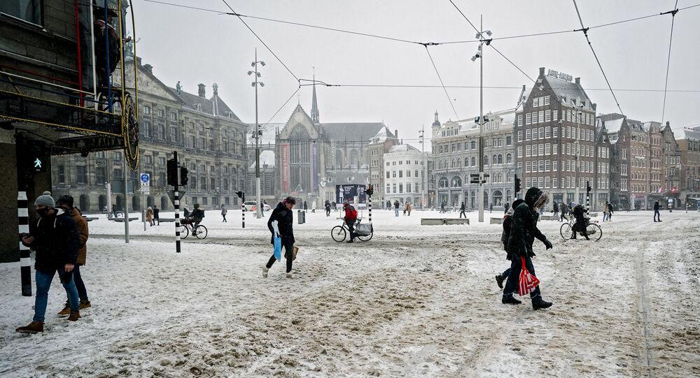 La place du Dam à Amsterdam, le 7 février 2021