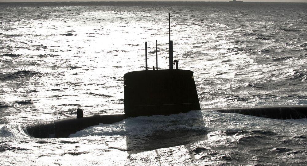Le sous-marin nucléaire d'attaque (SNA) Émeraude, archives